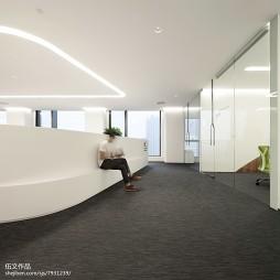博炜曼办公空间过道设计