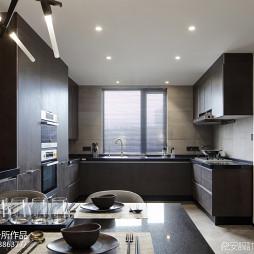 三居室厨房设计