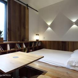 小卧室榻榻米床