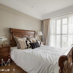卧室实木床头柜