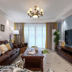 小型客厅装修图