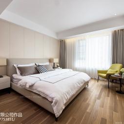 现代卧室木地板
