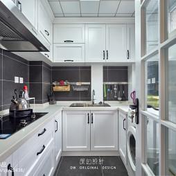 白色厨房设计案例