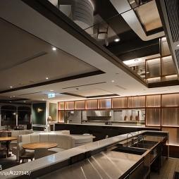 DORICIOUS餐厅吊顶装修图