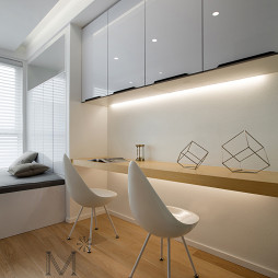 143m² 现代极简书房书桌设计
