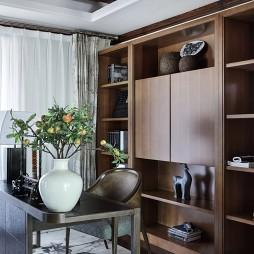 东南亚风格豪宅书房设计图