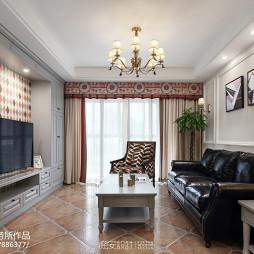 美式三居小客厅设计图片