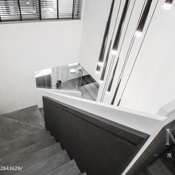 240m²自然风楼梯设计图