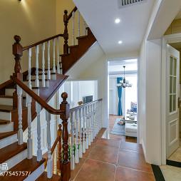 复古美式三居楼梯设计图