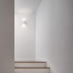 简单混搭别墅楼梯设计图