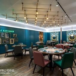新海派菜餐厅桌椅摆放设计图