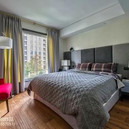静雅现代三居卧室设计图