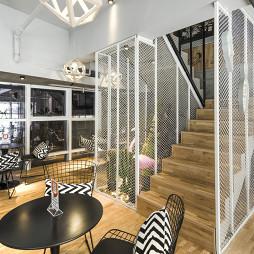 混搭咖啡厅楼梯设计图片