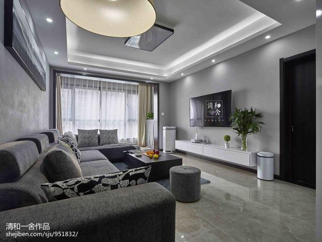 黑白现代客厅设计图