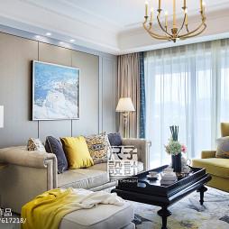 152㎡精致简欧风客厅沙发设计图