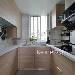 小型简约复式厨房设计图