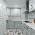 清新北欧三居厨房实景图