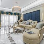220平法式混搭客厅设计图