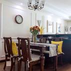 美式风格三居餐厅实景图片