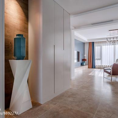 静谧现代玄关设计图片