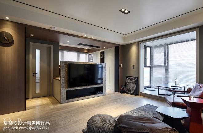 深灰系现代三居客厅设计实景图片
