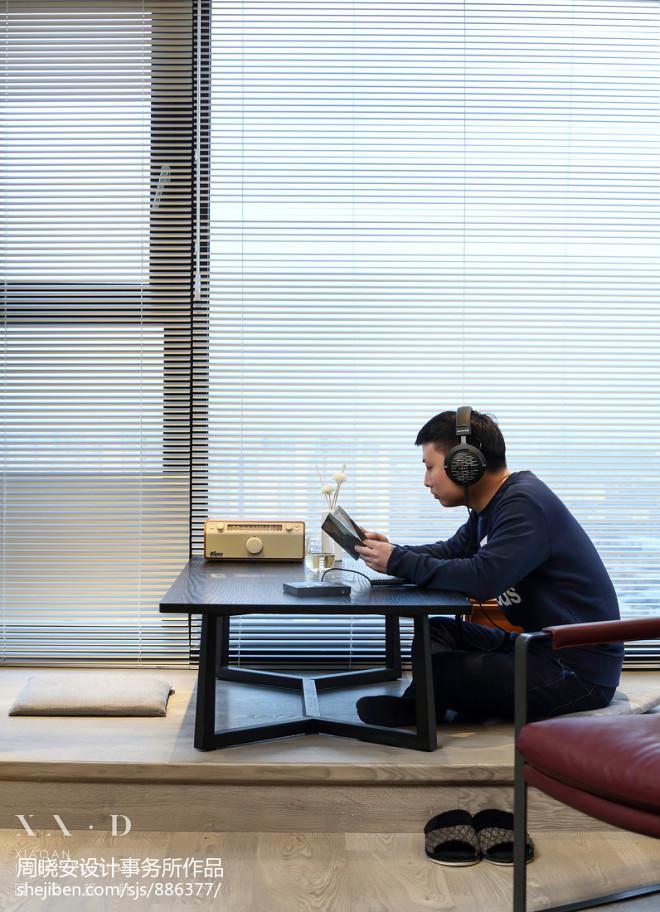 晓安设计|静默之间,耳机控的自由与随