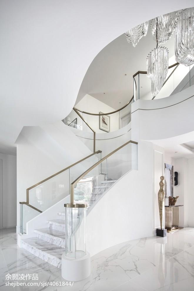 现代别墅楼梯设计实景图片