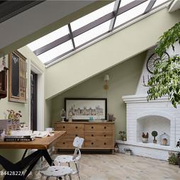 白色系美式别墅阁楼设计图片