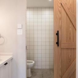 二居卫浴谷仓门设计图