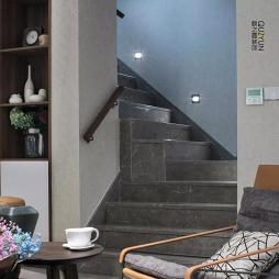 190㎡简美楼梯设计图