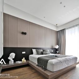 现代榻榻米卧室设计图