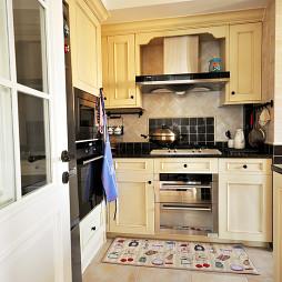 美式二居小厨房设计图