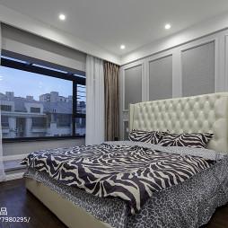 130平新古典主卧室设计图