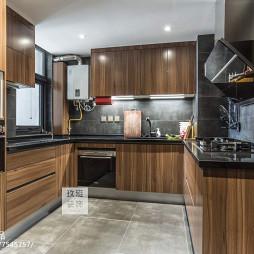 北欧木色厨房设计图片