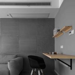 深色系个性看客厅隔板设计