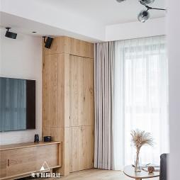 日系三居客厅储物柜设计