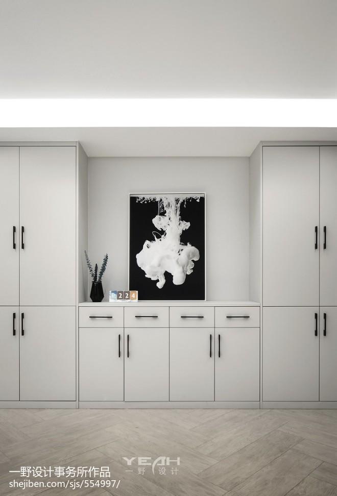210m²简约风格玄关储物柜设计