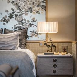 泰禾 · 金府大院别墅卧室床头灯设计