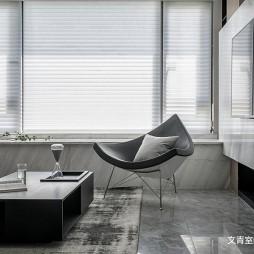 黑白现代客厅飘窗设计