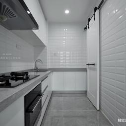 黑白简约厨房设计图