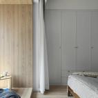 北欧风三居卧室衣柜设计图片