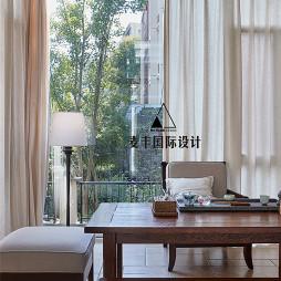 美式复式休闲区装饰设计