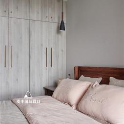 北欧现代卧室衣柜设计图