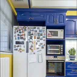 彩色系混搭厨房吊柜设计图