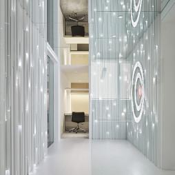 白色极简空间设计图