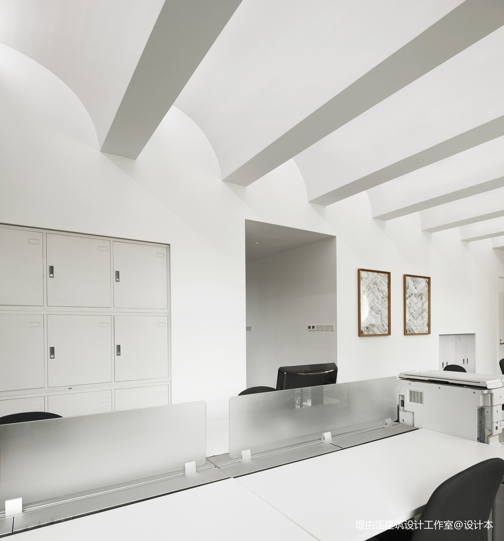 BMLZ工作室吊顶设计图