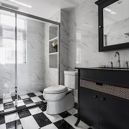 轻奢美式三居卫生间设计