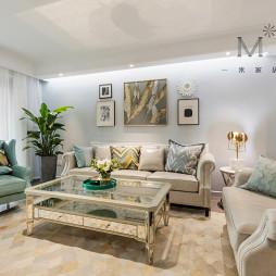明亮现代风格三居客厅设计