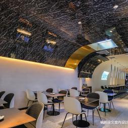 炸鸡店餐厅座位设计