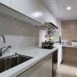 艺术简欧风二居厨房设计